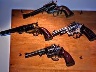 5a1deb3b4e730_pistols4.JPG.2dbbaf890805ea60d0fb9082484ff69d.JPG