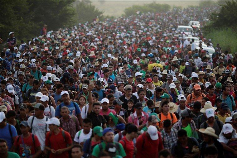 181028-migrant-caravan-al-0906_629b8917d31827524d5de50573bf0896.fit-760w.jpg